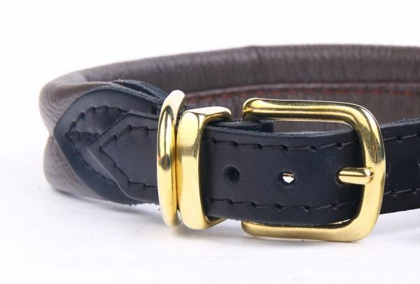 柔らかいクッションとおしゃれなゴールドブラスの革製首輪|ソフトレザーカラー 幅25mm(革製犬用首輪)/ポーランド製|犬グッズ通販HAU